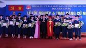 259 sinh viên khóa đầu tiên của Học viện Cán bộ TPHCM nhận bằng tốt nghiệp
