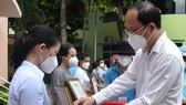 TPHCM đón 91 tình nguyện viên tôn giáo hoàn thành nhiệm vụ chống dịch Covid-19