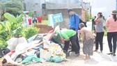 Ra quân dọn dẹp vệ sinh môi trường phòng chống sốt xuất huyết