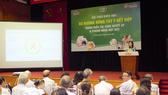 TS.BS Nguyễn Thị Vân Anh, nguyên Trưởng Khoa Nội, Bệnh viện Y học cổ truyền Trung ương chia sẻ tại hội thảo