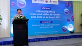 PGS-TS Nguyễn Hoàng Long, Cục trưởng Cục phòng, chống HIV/AIDS phát biểu tại hội thảo