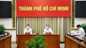 2 Phó Chủ tịch UBND TPHCM Dương Anh Đức và Ngô Minh Châu chủ trì cuộc họp  