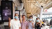 Đội phản ứng nhanh Bệnh viện Chợ Rẫy lên đường ra Hà Nội trước khi sang Lào vào ngày 4-5