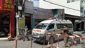 Một con hẻm ở đường số 13, phường Bình Hưng Hoà, Bình Tân phong toả sáng 29-5. Ảnh: CAO THĂNG