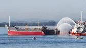 Quảng Ngãi: Vụ nổ tàu chở dầu: tìm thấy thi thể thuyền viên mất tích