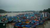 ba tàu cá của tỉnh Quảng Ngãi hỏng máy trôi dạt chờ cứu hộ
