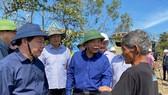 Bộ trưởng Nguyễn Xuân Cường làm việc về công tác khắc phục bão số 9 tại tỉnh Quảng Ngãi