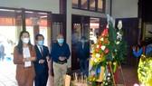 Dâng hương kỷ niệm 115 năm ngày sinh cố Thủ tướng Phạm Văn Đồng