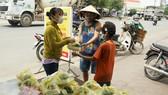 Quảng Ngãi: Hàng trăm suất cơm phát miễn phí cho người gặp khó khăn ảnh hưởng dịch Covid-19