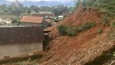 Quảng Ngãi: Khẩn cấp chống sạt lở núi Van Cà Vãi huyện Sơn Hà