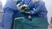 Quảng Ngãi: Bệnh nhân Covid-19 sinh em bé nặng 3kg tại khu điều trị đặc biệt