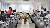 Đoàn đại biểu cấp cao CHDCND Lào thăm và làm việc tại Vinamilk