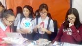 Học sinh sôi nổi tham gia ngày hội sách