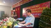 Trung tướng Lê Huy Vịnh, Ủy viên BCH Trung ương Đảng,Ủy viên Quân ủy Trung ương, Tư lệnh Quân chủng Phòng không – Không quân chủ trì buổi gặp mặt