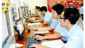 Sinh viên Trường ĐH Sư phạm Kỹ thuật TPHCM trong giờ học thực hành