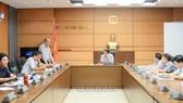 Ủy ban Tài chính - Ngân sách của Quốc hội làm việc về những nội dung giải trình, tiếp thu, chỉnh lý dự thảo Luật. Ảnh: QUOCHOI
