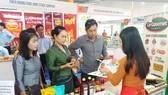 Hàng Việt vào thị trường Lào