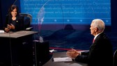 Bầu cử Mỹ 2020: Hai ứng viên Phó Tổng thống đều né câu hỏi khó