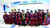 Bên cạnh sinh viên hệ Đại học chính quy, UEH đào tạo hàng trăm sinh viên hệ Đại học Vừa làm vừa học mỗi năm, bổ sung nguồn nhân lực cho xã hội