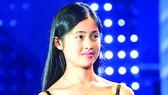 Cô gái Việt tỏa sáng trong cuộc thi khoa học trẻ