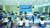 VietinBank luôn nỗ lực không ngừng nhằm nâng cao chất lượng phục vụ khách hàng. Ảnh: TIẾN LÂM