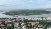 Một góc đô thị quận 2, TPHCM, bên sông Sài Gòn. Ảnh: HUY PHAN