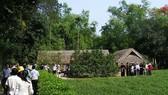 Gần 10.000 người về thăm quê Bác dịp Tết Tân Sửu