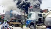 Vụ cháy kinh hoàng do hàn xì tại xưởng sản xuất bánh kẹo ở huyện Hoài Đức, Hà Nội
