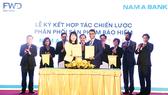 FWD ký kết hợp tác độc quyền phân phối bảo hiểm qua ngân hàng với Nam A Bank Công ty Bảo hiểm Nhân
