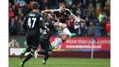 Burnley (6) - West Brom (7): Thừa thắng xông lên