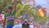 Veulta a Espana 2017: Trentin chiến thắng chặng thứ 2