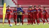 Vòng loại Asian Cup 2019: Đá với Campuchia vẫn lo