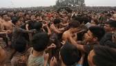 Tái diễn màn tranh cướp bạo lực, Bộ VH-TT-DL yêu cầu báo cáo