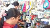 Hàng Trung Quốc giá siêu rẻ tràn vào hội chợ