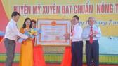 Huyện Mỹ Xuyên đạt chuẩn Nông thôn mới