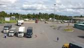 Chiều ngày 26-8, bãi tập kết hàng hoá tại Bến xe khách trung tâm TP Cần Thơ đã thông thoáng