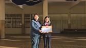 Đà Lạt: Khen thưởng học sinh lớp 7 nhặt được của rơi trả người đánh mất