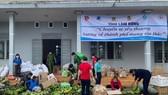 """Lâm Đồng tiếp tục gửi nhiều """"chuyến xe yêu thương"""" tiếp sức TPHCM phòng chống dịch Covid-19"""