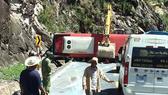 Thêm 1 nạn nhân tử vong trong vụ lật xe trên đèo Khánh Lê