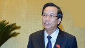 Bộ trưởng Đào Ngọc Dung phủ nhận tình trạng người lao động đến tuổi 35 bị sa thải