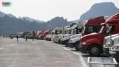 Hàng dài xe container chở nông sản ùn ứ tại cửa khẩu Tân Thanh. Ảnh minh họa: VOV