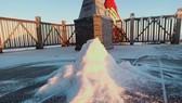 Sáng nay 21-12, băng giá rơi trắng đỉnh Fansipan