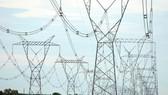 Thừa điện trong dịp Tết Nguyên đán có thể dẫn tới mất an toàn cho hệ thống điện lưới
