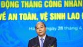 Chủ tịch nước Nguyễn Xuân Phúc: Tập trung giải quyết những vấn đề người lao động đang bức xúc