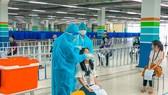 Người lao động được hỗ trợ 500 ngàn đến 3 triệu đồng nếu bị cách ly hoặc nhiễm Covid-19