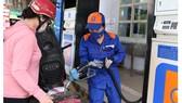 Giá xăng dầu tiếp tục tăng mạnh giữa đại dịch