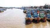 Tỉnh Bình Thuận yêu cầu các địa phương kêu gọi các tàu thuyền tìm nơi trú bão an toàn trước 17 giờ chiều nay.