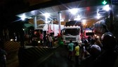Tài xế và người dân lại ra Trạm thu phí Sông Phan để phản ứng