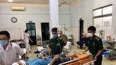 25 ngư dân trên tàu cá bị nạn được đưa về cảng Phú Quý an toàn