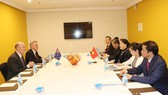 The meeting between NA Chairwoman Nguyen Thi Kim Ngan and President of the Australia-Vietnam Friendship Society Kim Sampson (Photo: VNA)